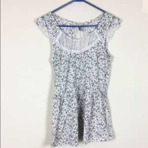 American Rag M Top Lace Floral White Pullover